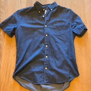 Men's short sleeved Gap button up